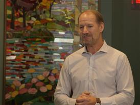 Bill Cowher Visits New York Hope Lodge