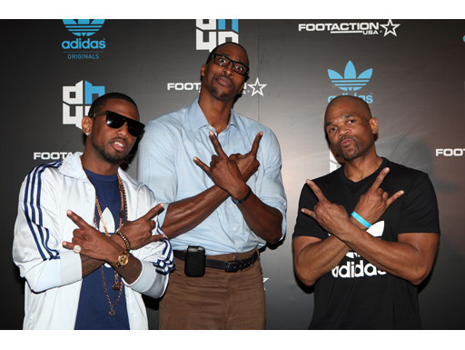 Image : Fabolous, Dwight Howard and DMC pose at the adidas/Dwight Howard All Star Party on Friday, February 24, 2012 in Orlando