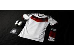 """adidas przedstawia najlżejsze w historii stroje dla drużyn narodowych na Mistrzostwa Świata w Piłce Nożnej - Brazylia 2014, zainspirowane hasłem """"all in or nothing"""""""