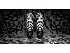 adidas си сътрудничи с Italia Independent за обувката Deadly Focus