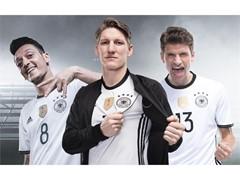 adidas и Германският футболен съюз продължават партньорството си до 2022 г.
