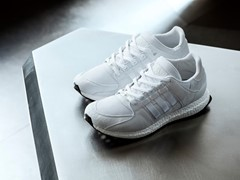 Klassisches Design trifft auf BOOST-Technologie – der Equipment Support 93/16 by adidas Originals