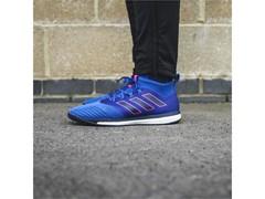 Η adidas παρουσιάζει τη νέα συλλογή ποδοσφαιρικών παπουτσιών  Blue Blast