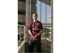adidas Soccer Reveals New AC Milan 2017/18 Home Kit