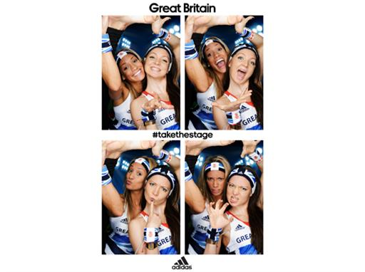 Image : Jenna Randall and Olivia Federici attend adidas kitting out