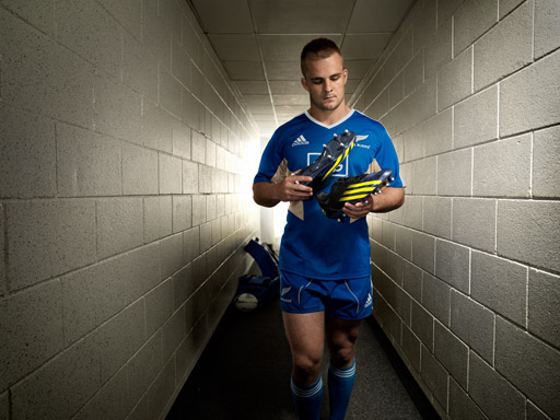 Image : adidas athlete Sam Cane with the FF80