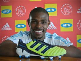 New colour ways of the F50 and Predator boots