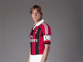 Ambrosini in new adidas A.C. Milan kit