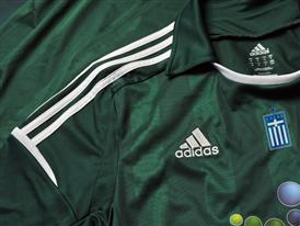 PAO FC - 2012-13 home kit - Detail 2
