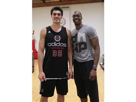 Steven Adams Dwight Howard / adidas Nations Day One