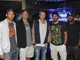Badstuber mit FC Bayern Basketball Crew 2