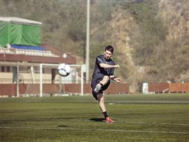 Leo Messi testing out his new adizero f50 Messi boots