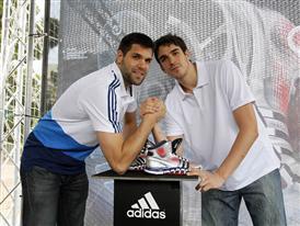 Felipe Reyes y Carlos Suárez 6