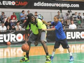 Kenneth Faried (L)  - adidas Eurocamp 2013 - Day 3
