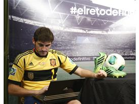 Iker Casillas_facebook fans_#elretodefinitivo