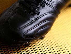 adiPure 11 Pro - Gold&Black 2