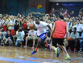 Q vs F China Tour Xi An Fans Gathering 3-Mike Conley