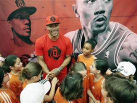 D Rose Tour, Madrid, Spain, Clinic, 2