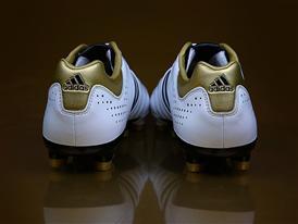 Adidas_11Pro_009