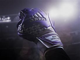 Iker Glove Fist Image