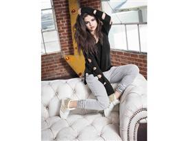 Selena Q4 PR 7