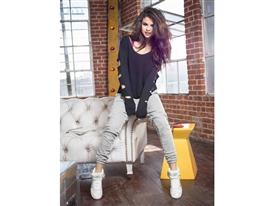 Selena Q4 PR 8