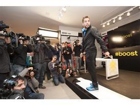 Jordi Alba adidas Boost 3
