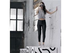 SS14 Q2 Selena Gomez Gif 1