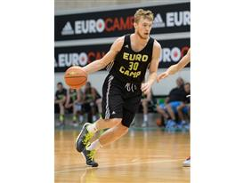 Niels Giffey adidas eurocamp 2014