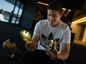 JAMES RODRÍGUEZ PRESENTED WITH ADIDAS GOLDEN BOOT AWARD 15