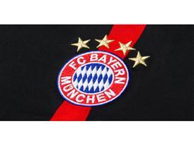 adidas präsentiert neues FC Bayern Champions League Trikot 2