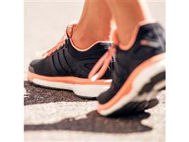 Don't Just Run, Glide adidas Presenta la Nuova Supernova Glide BOOST™