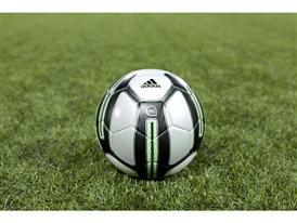 adidas miCoach SMART BALL получил награду в категории «Фитнес, спорт и биотехнологии»