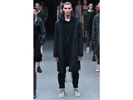 adidas Originals x Kanye West YEEZY SEASON 1 - Runway 30