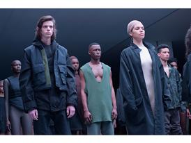 adidas Originals x Kanye West YEEZY SEASON 1 - Runway 76