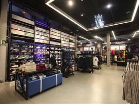 adidas store Barcelona 24