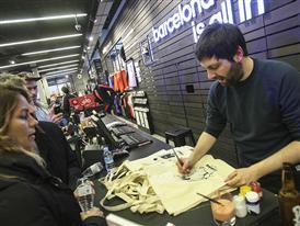 adidas store Barcelona 39