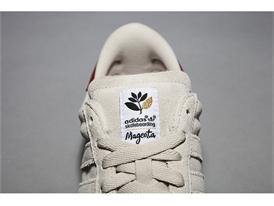 adidas Magenta 5