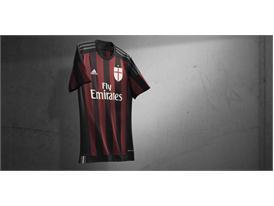 Clubs FW15 Milan Home Horizontal