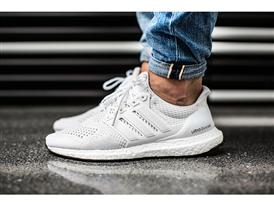 Triple-White Ultra BOOST 3
