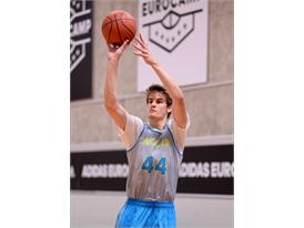 Dragan Bender adidas Eurocamp2015 day2 (2)