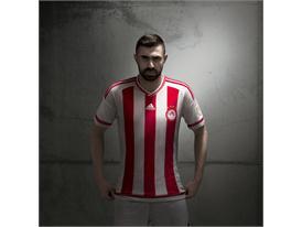 adidas_Olympiacos Home 15-16_Maniatis_1