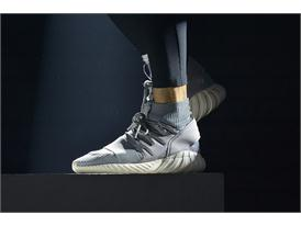 adidas Originals GÇô Tubular SS16 Performance at Paris Fashion Week  (21)