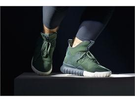 adidas Originals GÇô Tubular SS16 Performance at Paris Fashion Week  (24)