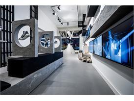 adidas Originals Tubular Gallery zur Berlin Fashion Week in der Torstra+ƒe 114 - Berlin 12