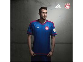 adidas_OFC_Away 15-16_Fortounis