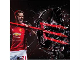 Manchester United 2015/16 Home Kit 15