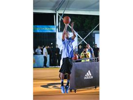 adidas Derrick Rose íºTake on Summerí¿ in Shanghai 4