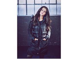 NEO FW15 Selena Gomez 12
