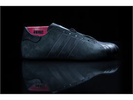 「Futurecraft Leather Superstar」 23